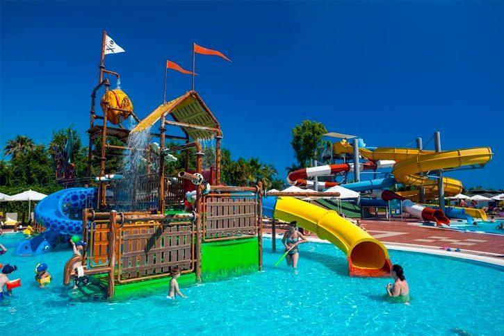Множество отелей в Сиде оборудованы всем необходимым для развлечения детей