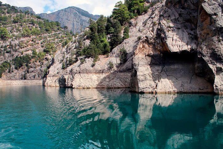 Зеленый каньон находится недалеко от поселка Манавгат, в 16 км от г. Сиде