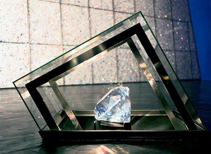 Тематическая выставка Swarovski Crystal Worlds в Инсбруке